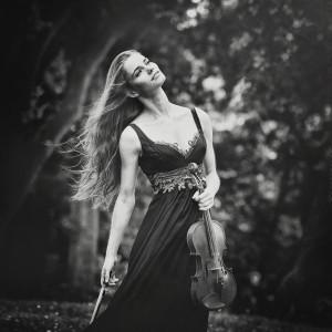Markéta Dobešová - houslistka ND