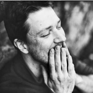 Tom Brandt - herec, kytarista